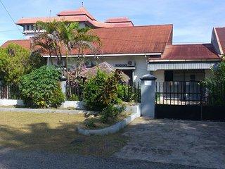 Musa Enda Homestay, Padang