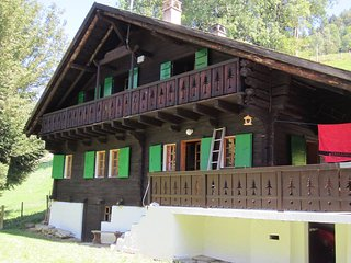 Beautiful 18th century Swiss chalet, Val-d'Illiez