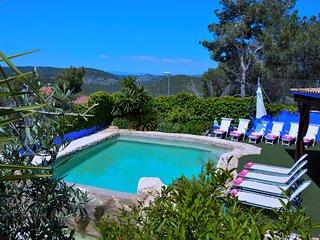 Villa Entre Olivos 8 min Sitges.  Charming Villa., Sant Pere de Ribes