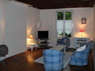 GOUVIEUX-CHANTILLY  maison de ville  3 couchages, Gouvieux