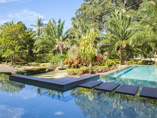 Baan Rim Bueng  - Sleeps 6 people