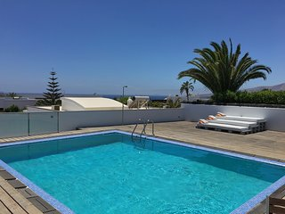 2 Bed Boutique Style Apartment with Private Pool, Puerto Calero