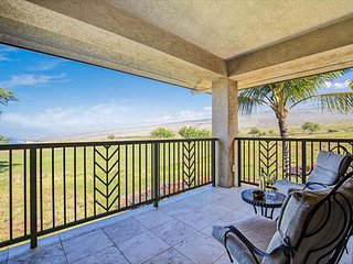 Exquisite 3 bedroom, 3 bath, Villa with Ocean, Mountain and Golf Course Views, Waimea