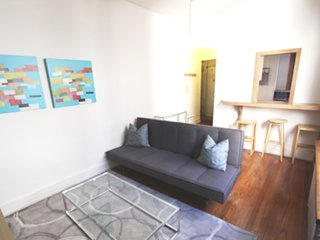 FULLY FURNISHED AND ADORABLE 1 BEDROOM 1 BATHROOM UNIT, New York City