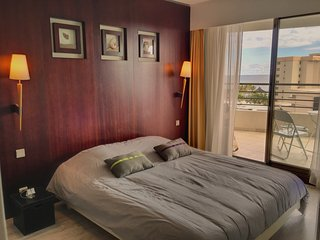 A full Suite, Noumea
