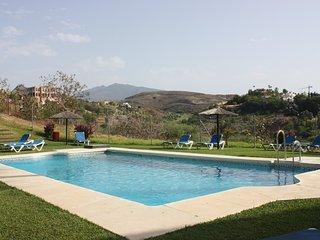 Marbella, Mountain and Ocean views.  Beach, golf, shops near