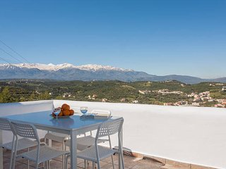7 Olives Apartment with 2 room, sleeps 6, Plaka