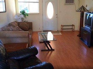 HomeSuite: 2Bedrooms At Santa Clara