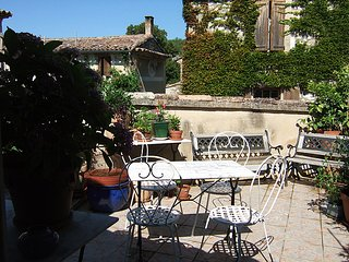 Appartement-Terrasse Provence, luberon, Oppedette