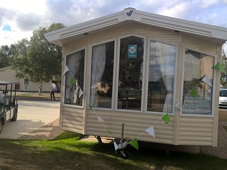 shamrock 1  8 bed luxury caravan with fishing peg, Tattershall