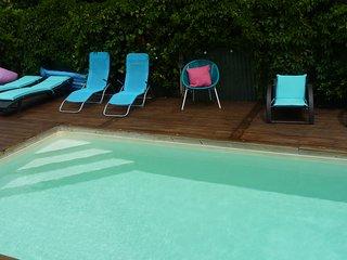 charmante canétoise en bord de mer, piscine chauffée et spa