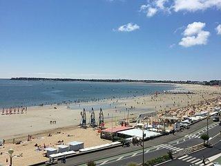 La BAULE -  Sur le remblais et vue mer