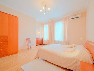 SPb Rentals, Apartment in the very heart, San Petersburgo