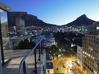 Cape Town City Luxury Apartment