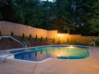 Private | Pool & Hot Tub | Pillow Top/Memory Foam, Asheville