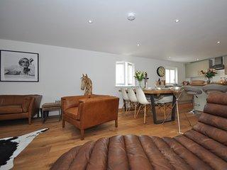 44955 Apartment in Tetbury, Stroud