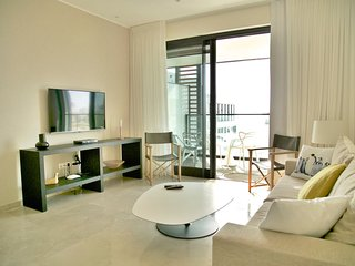Beach Condo wt  swimming pool, Tel Aviv