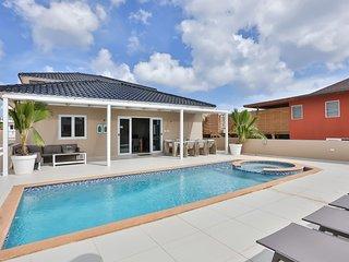Luxury Villa with pool in Jan Thiel, Curaçao