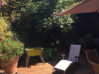 Maison & jardin secret en plein coeur de Bordeaux