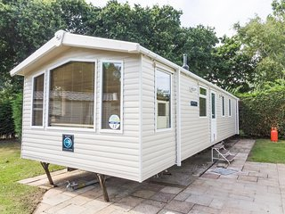 Ref 80012 Conifer Court  Beautiful caravan at Haven Hopton in Norfolk., Hopton on Sea