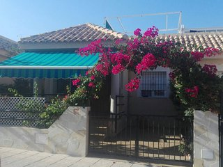 Private pool and wifi, La Zenia