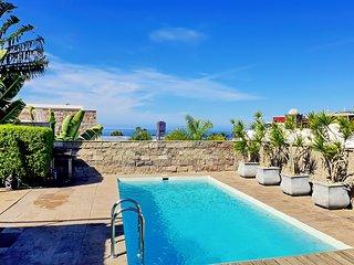 Luxury villa 5 bdr. near del Duque beach, Costa Adeje