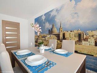 Apartament Malta, Elk
