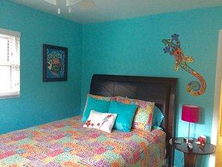 Private quarters close to the beach, Sarasota