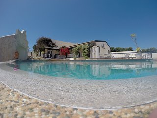 Nice Apartment with pool, Beaches and Surfing, Vila do Bispo