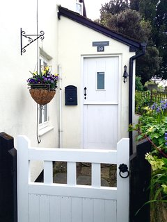 St George's Cottage Front Door