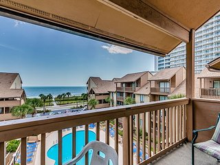 Large 2 Story w/ Direct Ocean Views - Available by Anchorage Rentals