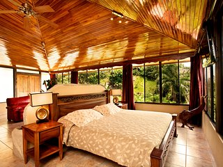 Deluxe Penthouse with Ocean View, Quepos
