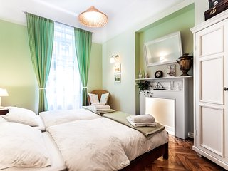 Green Door Apartment, Krakow