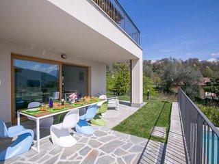 Villa Rental in Lombardy, Menaggio - Villette del Lago
