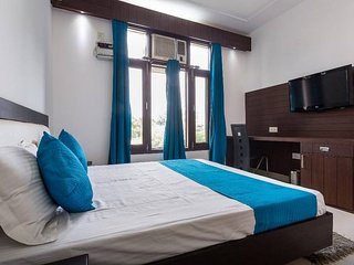 Super Deluxe Rooms In Gurgaon, Haryana