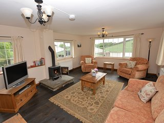 44019 Cottage in Plymouth, Bickleigh