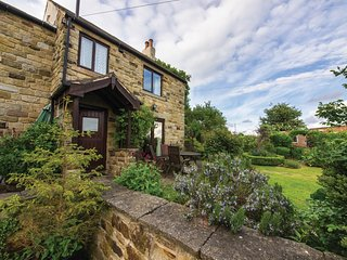 PK783 Cottage in Holmesfield, Mosbrough