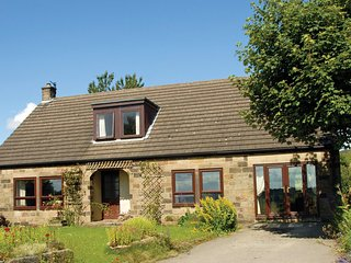 PK736 Cottage in Rowsley, Ashford-in-the-Water