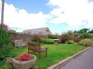 TVANG Cottage in Rock, Port Gaverne