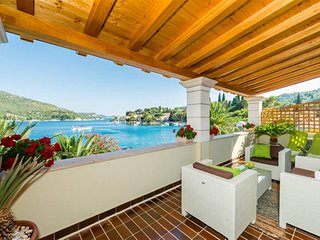 Adria House Dubrovnik-Four Bedroom House