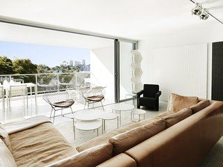 THE RUSHCUTTERS BAY PAD