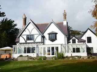 Stunning Family Holiday Retreat, Beaumaris