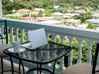 Sapphire Apartment 3 - NEW! Close to EVERYTHING!, Soufrière