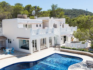 Large contemporary villa near beautiful beach, Cala Vadella
