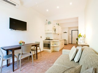 Casa San Giovanni, Elegant Apartment Close to Santa Maria Novella, City Center