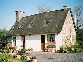 Former Miller's Cottage in peaceful rural location, Romagny