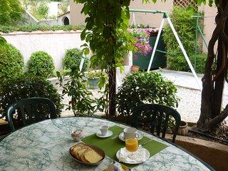Chambre et petit déjeuner dans maison, Aix-en-Provence