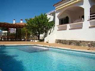 Casa con piscina privada, sol e intimidad, L'Escala