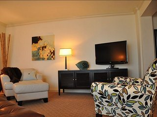King Suite with City Views - Atlantic Hotel, Fort Lauderdale