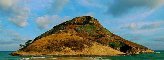 Pontal Beach / Pontal stranden - 350m